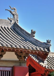 Free Roof And Eave Detail Of Chinese Old Architecture Royalty Free Stock Photo - 16679725