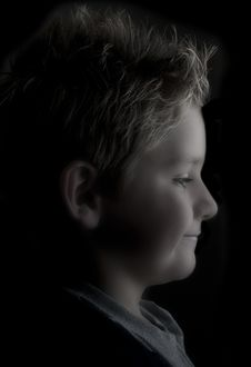 Free Side Portrait Of A Boy Royalty Free Stock Image - 16685896