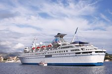 Free Cruise Ship Royalty Free Stock Photos - 16686288