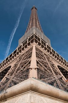 Free Eiffel Tower Royalty Free Stock Images - 16686439