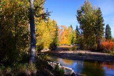 Free Autumn Landscape Stock Images - 16695114
