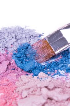 Free Make-up Brush On Crushed Eyeshadows Royalty Free Stock Photo - 16696225