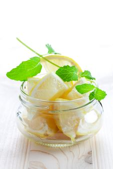 Free Lemon And Mint Stock Images - 16698454