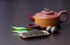 Free Chinese Teapot Royalty Free Stock Images - 16699049