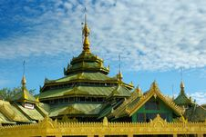 Free Buddhist Temple Royalty Free Stock Image - 1673846