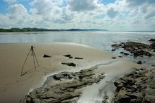 Free Ocean Tripod Stock Photo - 1675950