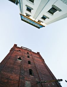 Free Two Towers Royalty Free Stock Photography - 16700097