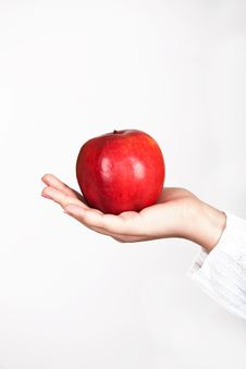 Free Apple In Female Hand Stock Photography - 16701012