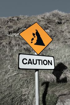 Free Landslide Caution And Warning Road Sign Royalty Free Stock Images - 16706719