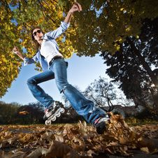 Free Fast Rollerblading Royalty Free Stock Images - 16707889