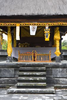 Free Asian Temple Altar Royalty Free Stock Image - 16708966