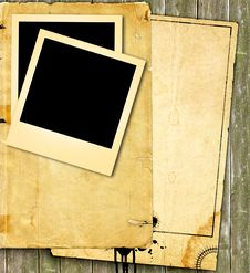 Free Vintage Paper And Photo Royalty Free Stock Photo - 16709505
