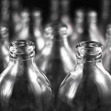 Free Empty Bottles Royalty Free Stock Image - 16711416