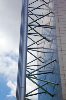 Free Modern Architecture Struts Stock Photo - 16711460