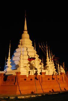 Free Wat Phan Tao Stock Image - 16711461