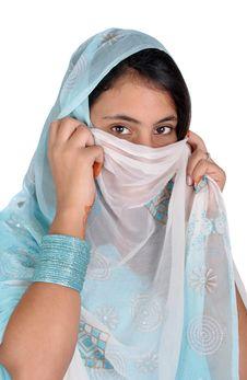 Free Girl In Arabian Pose Royalty Free Stock Photo - 16717655