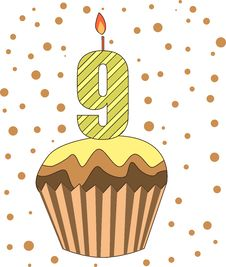 Free Cup Cake With Numeral Candles Royalty Free Stock Images - 16718579