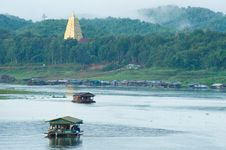 Houseboat And Pagoda Royalty Free Stock Images
