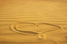 Free Heart On Sand Royalty Free Stock Photography - 16722747