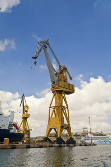 Free The Harbour Crane Royalty Free Stock Photography - 16725597