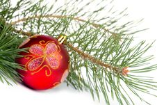 Free Red Christmas Ball Royalty Free Stock Photo - 16726035