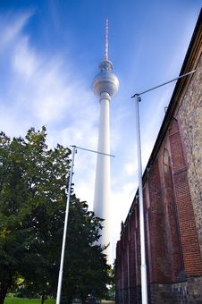 Free TV Tower Royalty Free Stock Photo - 16727355