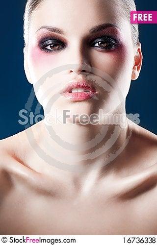 Free Glamour Girl Royalty Free Stock Photos - 16736338