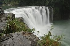 Free Waterfall Royalty Free Stock Image - 16730316