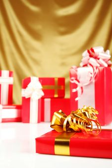 Free Christmas Gifts Royalty Free Stock Photos - 16738298