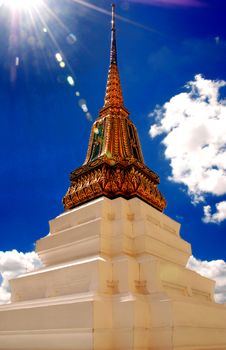 Free Stupa At Wat Pra Kaew Royalty Free Stock Images - 16738839