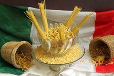 Free Italian Pasta Royalty Free Stock Photography - 16742957