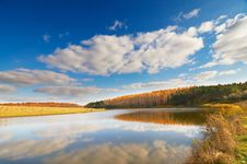 Free Beautiful Autumn Lake. Stock Photo - 16743890