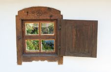 Free Window Is Wooden Royalty Free Stock Photography - 16744727
