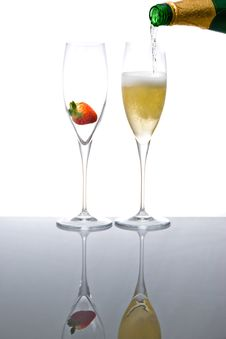 Sparkling Wine With Strawberry Royalty Free Stock Photo