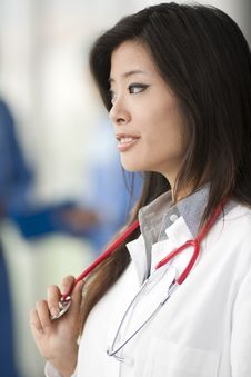 Free Chinese Female Doctor Royalty Free Stock Images - 16747269