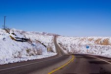 Free Desert Road In Snow Royalty Free Stock Images - 16750209