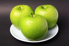 Free Green Apple Stock Image - 16755011