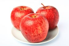 Free Red Apple Royalty Free Stock Photography - 16755427