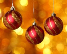 Free Christmas Ball Royalty Free Stock Photo - 16758965