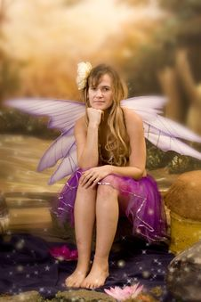 Free Fairytale Woman Royalty Free Stock Photography - 16760497