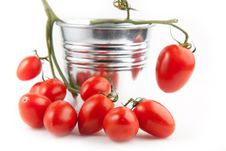 Free Cherry Tomatoes Royalty Free Stock Images - 16761439