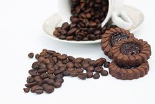 Free Coffee Beans In Shape Of Heart Royalty Free Stock Images - 16763039