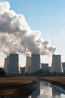 Free Power Plant Cooling Towers Upright V1 Stock Photography - 16769372