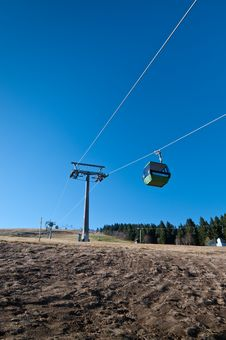 Free Cableway With No Snow On Mountain Royalty Free Stock Photos - 16778538