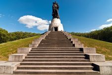Free Berlin Monument Soviet Soldiers V1 Stock Photography - 16779692