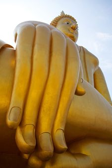 Free Big Buddha Statue Royalty Free Stock Photography - 16780707