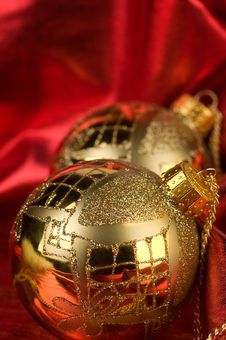 Free Gold Baubles With Red Backdrop Royalty Free Stock Photos - 16781698