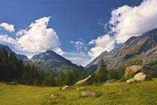 Free Mountains Royalty Free Stock Image - 16785346