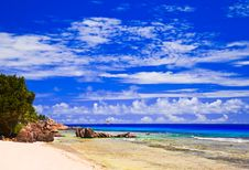 Free Tropical Beach At Seychelles Royalty Free Stock Photos - 16787468