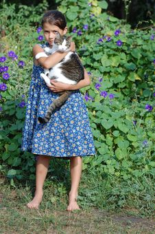 Free Girl With Her Cat Royalty Free Stock Photography - 16789327